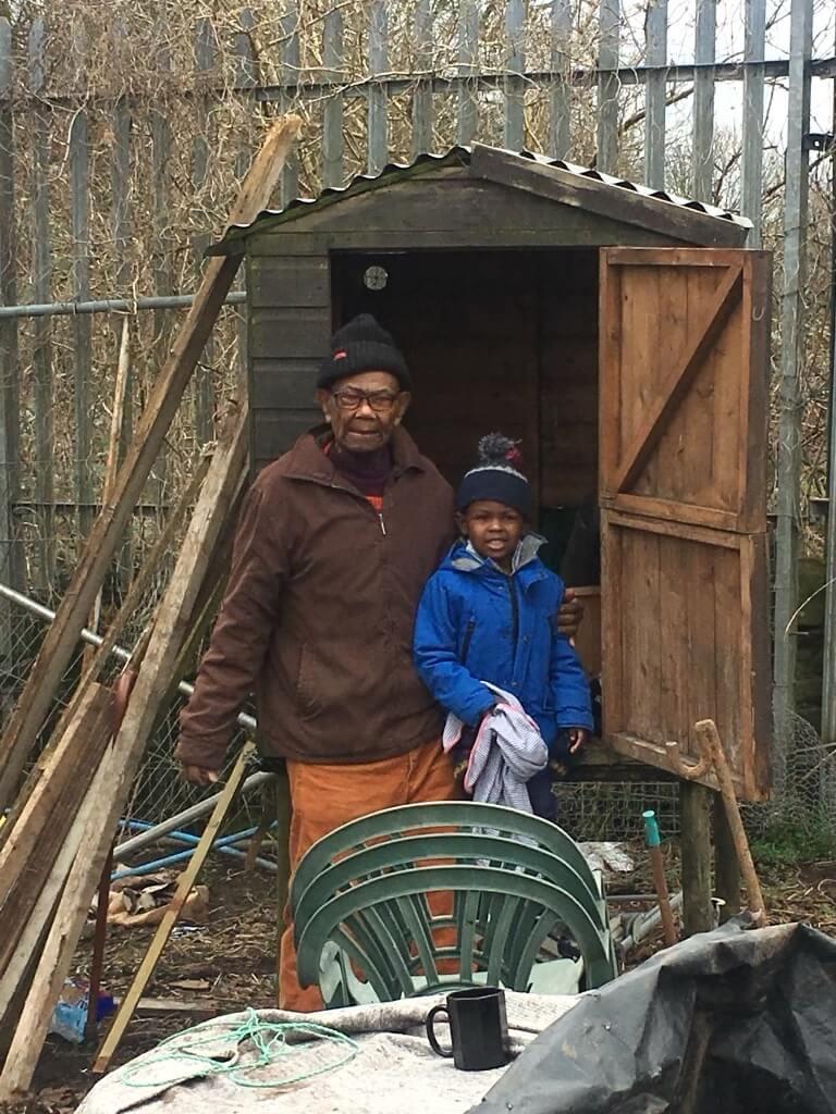 picutre-of-elderly-black-man-with-grandson-virtual-click